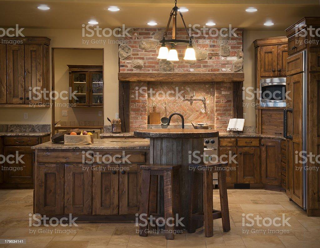 Westernstilmoderne Küche Mit Backstein Holz Granit Stockfoto und mehr  Bilder von Fotografie