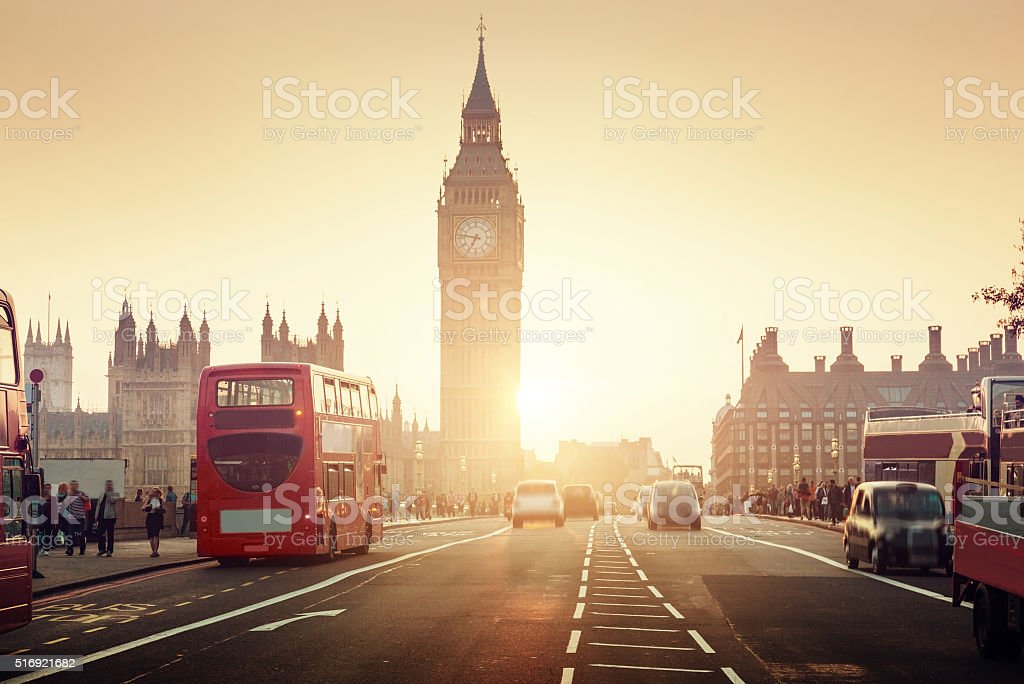 Westminster Bridge at sunset, Londres, Reino Unido - foto de stock