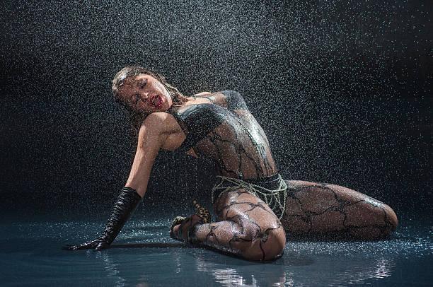 Salutations kissiennes. - Page 31 Wet-woman-in-underwear-dancing-at-studio-picture-id181664987?k=6&m=181664987&s=612x612&w=0&h=aQNNv4GtrjDAIy94ofI7foG20umGjhg2IS-4uxKeqqk=