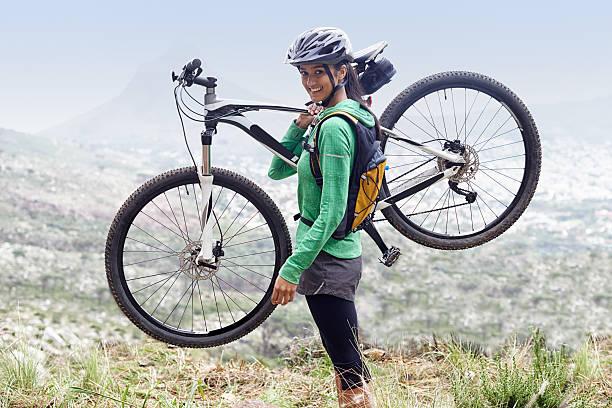 was einem aufregenden hobby - fahrradträger stock-fotos und bilder