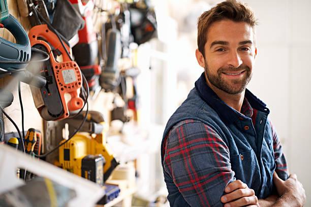 ¿qué puedo reparación para usted hoy? - obrero de la construcción fotografías e imágenes de stock