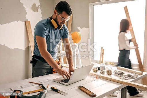 891274328 istock photo What is dimension of this window 1146225695