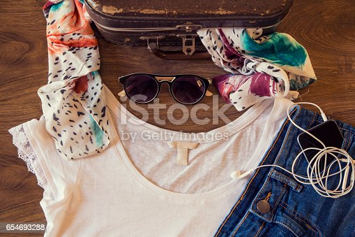 654680306 istock photo What to wear today? 654693288