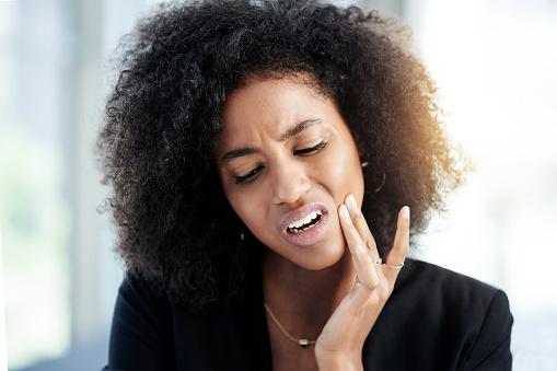 Was Ist Los Mit Meinem Zahn Stockfoto und mehr Bilder von Afrikanischer Abstammung