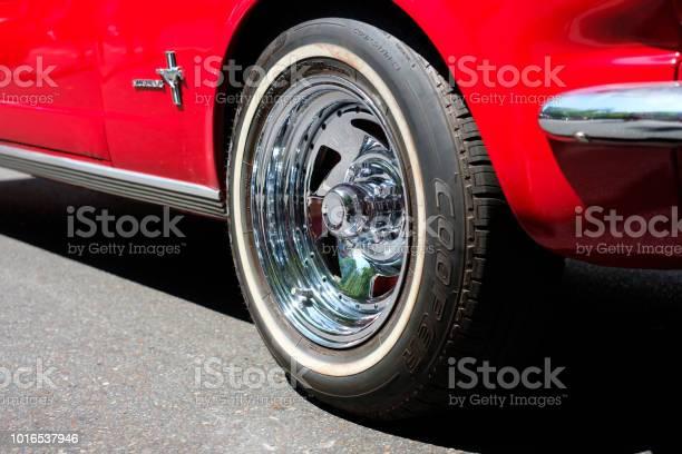Wheel rim tire closeup of classic reed oldtimer ford mustang car picture id1016537946?b=1&k=6&m=1016537946&s=612x612&h=jygoo7 bpnymywa vlrwecyu gbucfuvqwxtd4s pjc=
