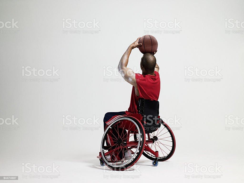 バスケットボール選手車椅子での銃乱射事件 ストックフォト