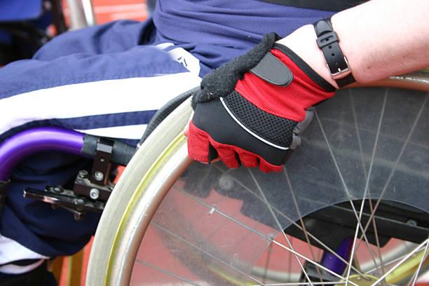 corrida de cadeira-de-rodas 3 - esportes em cadeira de rodas - fotografias e filmes do acervo