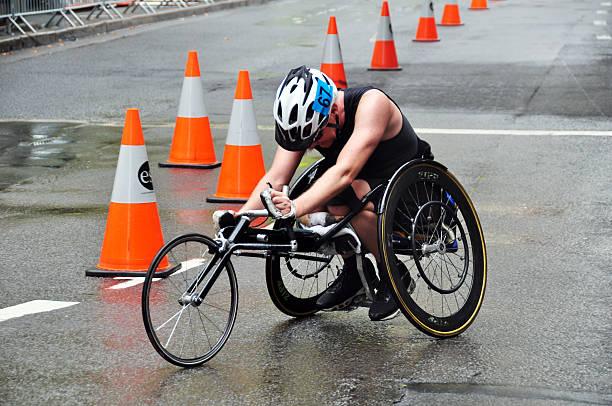 corrida de cadeira de rodas em sydney - esportes em cadeira de rodas - fotografias e filmes do acervo