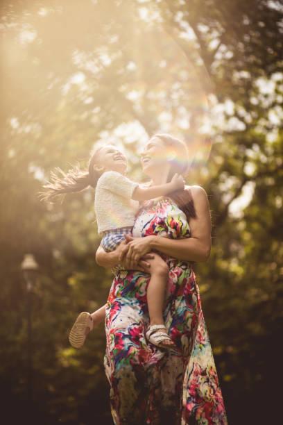 Wenn das Kind glücklich ist, scheint es wie die Sonne. – Foto