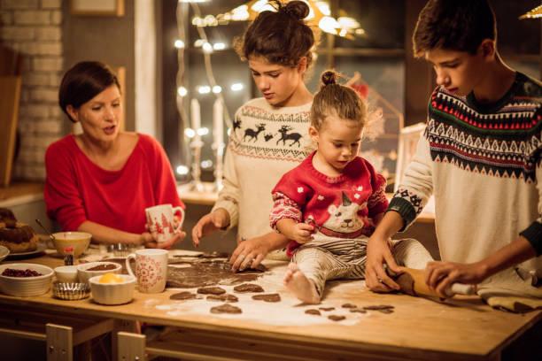 während weihnachten erwartet - 3 zutaten kuchen stock-fotos und bilder