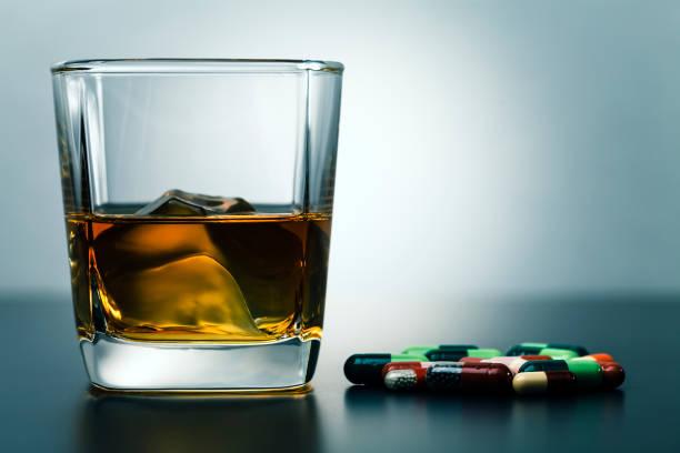 Whisky und Drogen – Foto