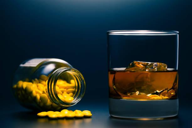 Whisky und Pillen – Foto