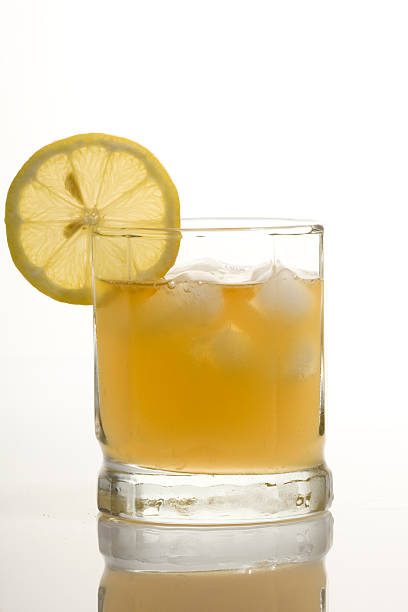 whisky ácida - ácido fotografías e imágenes de stock