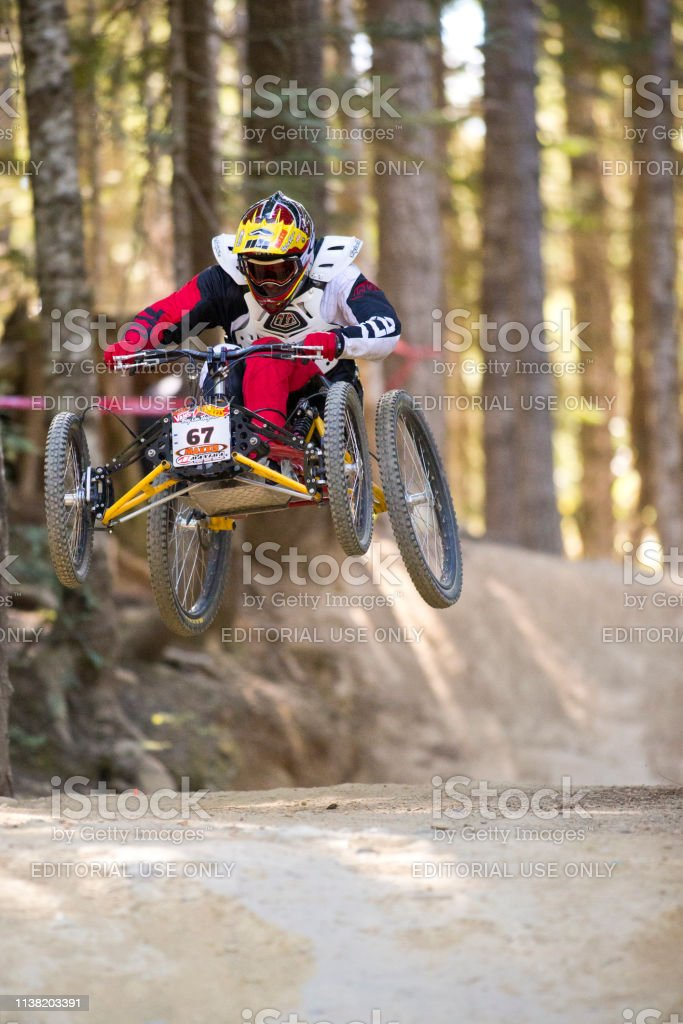 Whistler Crankworx Air Downhill Mountain Bike Race – Foto