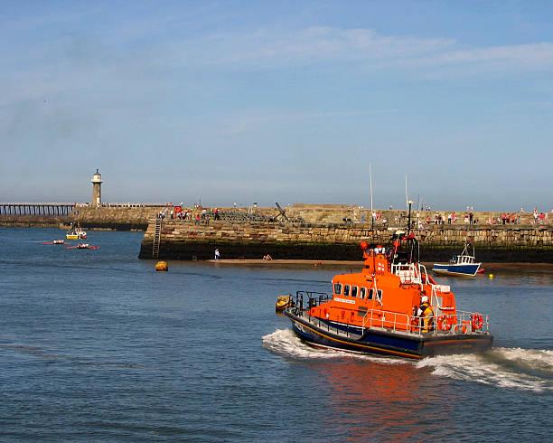 whitby lifeboat - livbåt bildbanksfoton och bilder