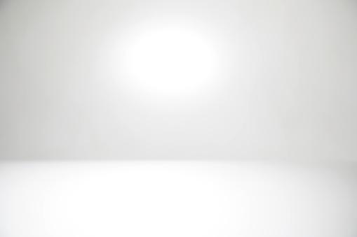 White Abstract Defocused Background - zdjęcia stockowe i więcej obrazów 2018