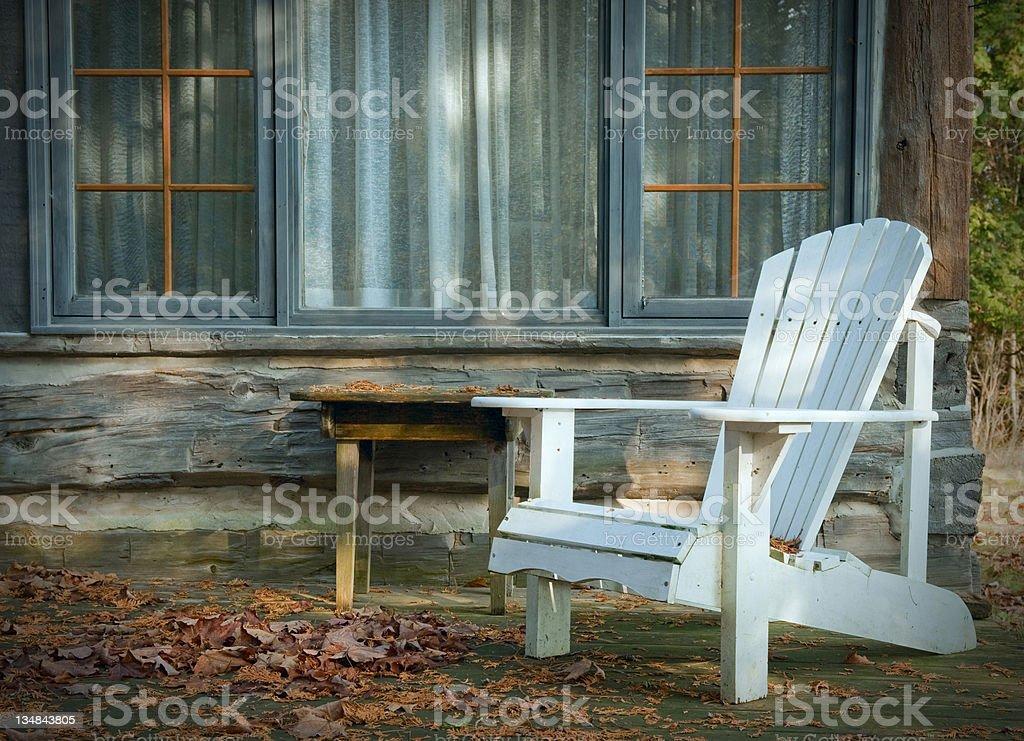 White Adirondack-Stuhl – Foto