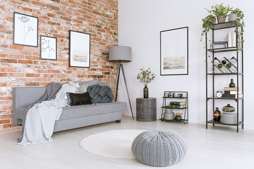 istock White and gray living room 866539936