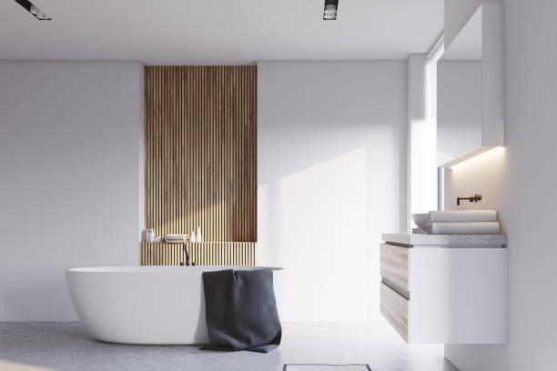 weiß und holz bad, waschbecken und badewanne - badewanne holz stock-fotos und bilder