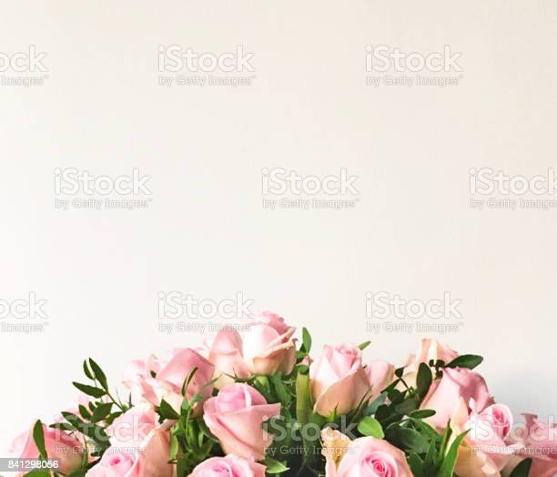 White background and frame with bouquet of pink roses picture id841298056?b=1&k=6&m=841298056&s=612x612&h=5pqkhwu w5vxx2qovbp 0kibfnukbfpx2vcaef2qsby=
