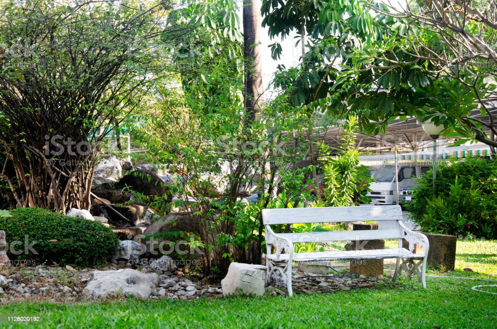 Awesome White Bench In Small Garden For Thai People Sit And Rest In Gamerscity Chair Design For Home Gamerscityorg