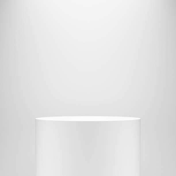 화이트 빈 빈 실린더 받침대 템플릿 흰색 벽 앞 - 원기둥 뉴스 사진 이미지