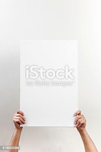 1048561956istockphoto white board,Placard, 618653086