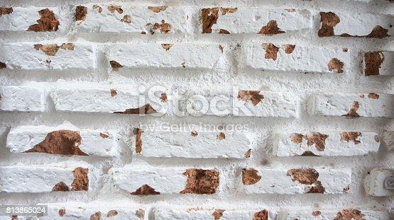 629255068istockphoto white brick wall rustic 813865024