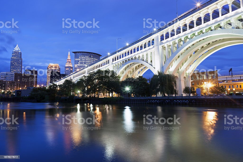 White bridge and reflection in Cleveland in Ohio at night stock photo