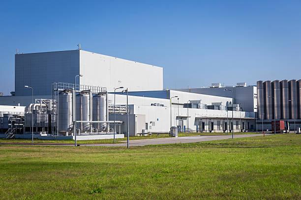 Blanco edificios de fábrica moderna - foto de stock
