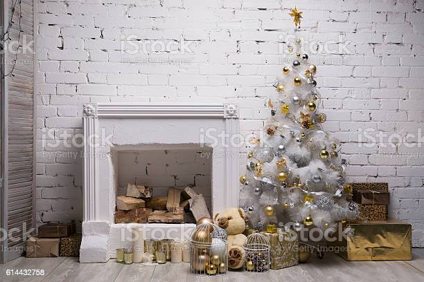 White christmas tree with golden and silver balls gift boxes picture id614432758?b=1&k=6&m=614432758&s=612x612&h=jcuddfi5obqqv jgkyxvldqbmmzyj8q4aw wvb5 uk0=