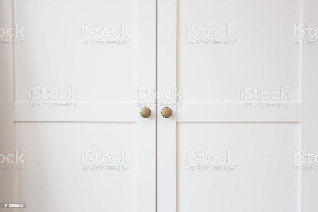 Weiße Schranktüren Holz closeup – Foto