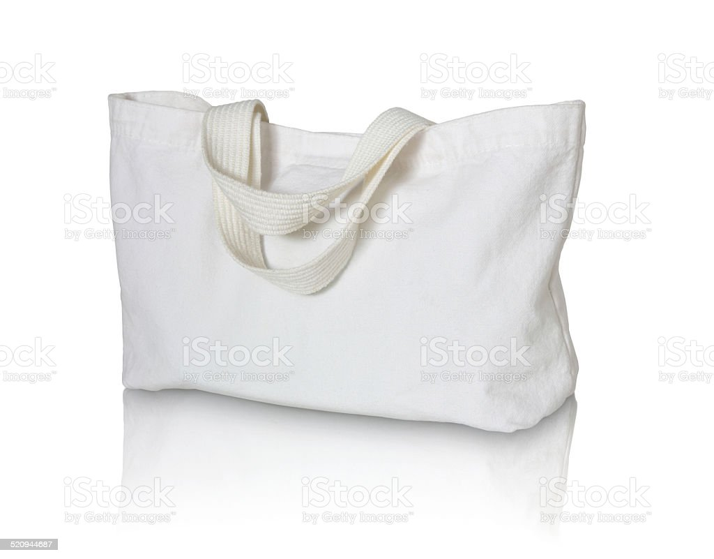 Bolsa de algodón blancos sobre fondo blanco - foto de stock