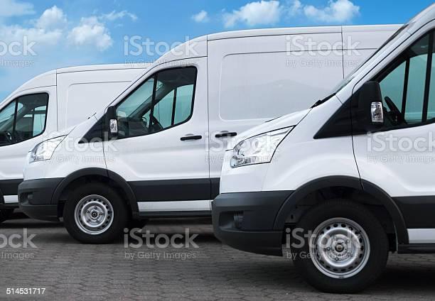 White delivery vans in a row picture id514531717?b=1&k=6&m=514531717&s=612x612&h=jr6bxya2ud0e3smgtqspzbfn63xdm44v9tba68djzxk=