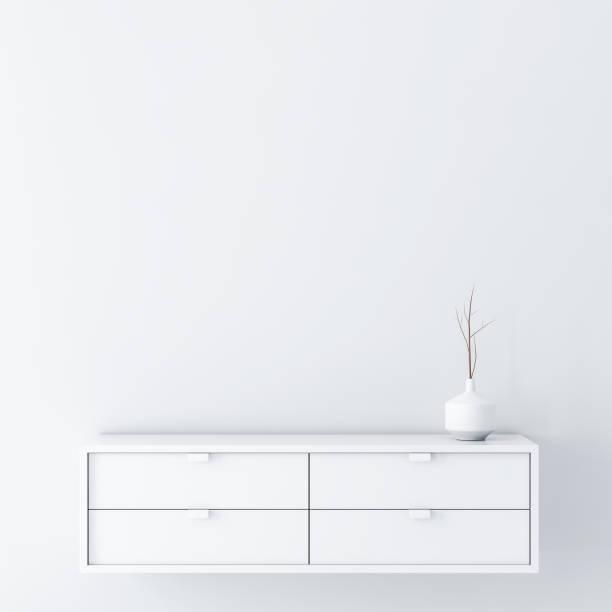 weißen leeren raum wand mockup mit konsole und vase dekor - schrank stock-fotos und bilder