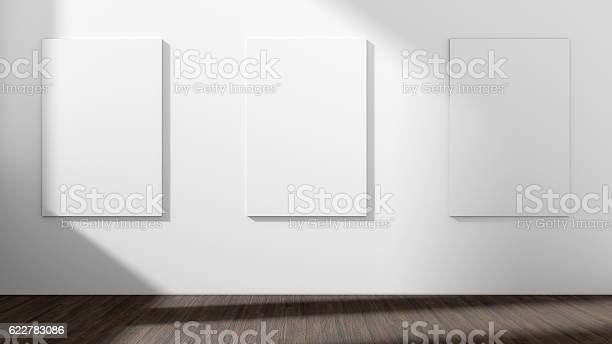 Weißer Leerer Raum Mit Leerem Dreirahmen3d Rendering Stockfoto und mehr Bilder von Kunstmuseum