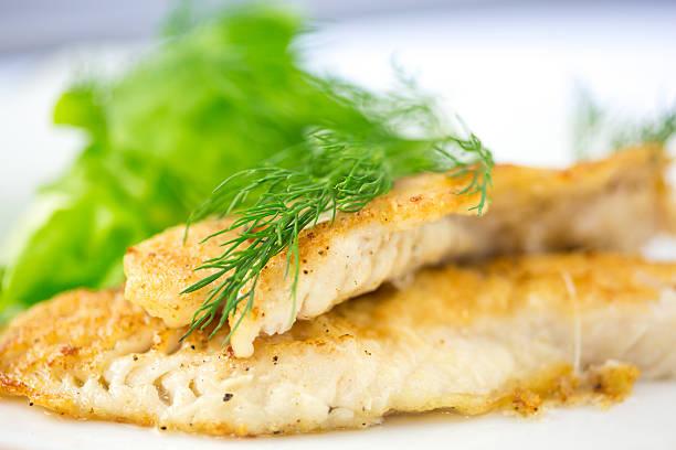 weißfisch - scharf anbraten stock-fotos und bilder