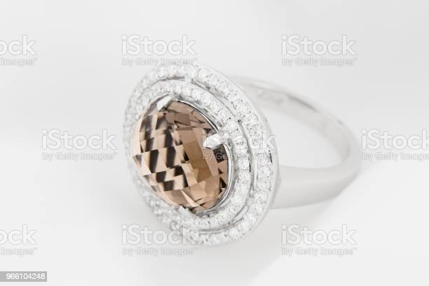White Gold Ring With Diamonds And Smoky Topaz — стоковые фотографии и другие картинки Алмаз