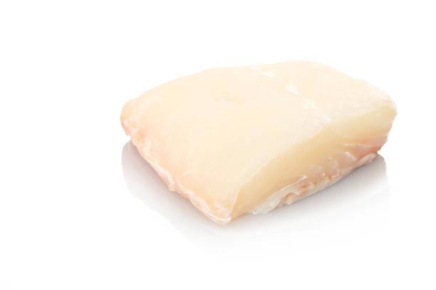 weißer halibut fisch roh - heilbutt stock-fotos und bilder