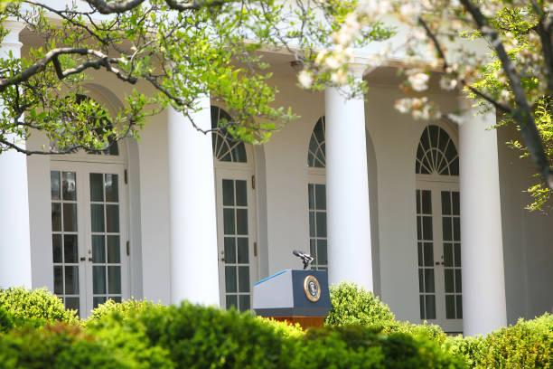 white house washington dc - выборы президента стоковые фото и изображения