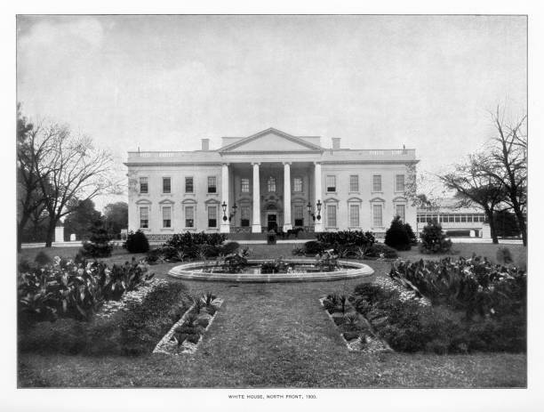 White House, Washington, D.C., United States, Antique American Photograph, 1900 Antique American Photograph: The White House, Washington, D.C., United States, 1900: Original edition from my own archives. Copyright has expired on this artwork. Digitally restored. Historic photos show the White House in 1900 and was featured as part of the Washington D.C. Centennial Celebration. 1900 stock pictures, royalty-free photos & images