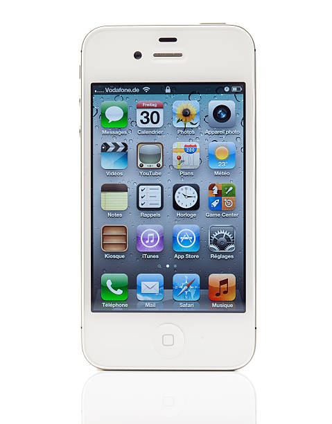 White iPhone 4S with French main page stock photo