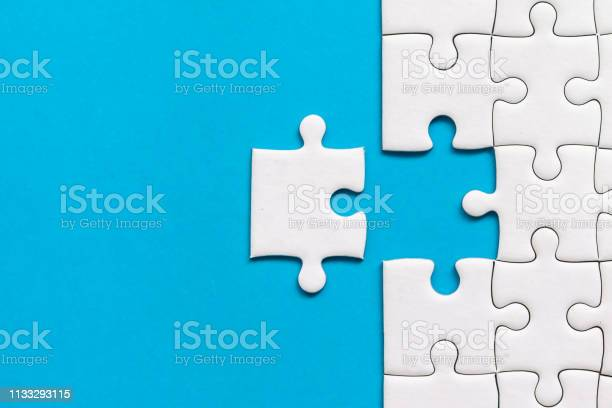 White jigsaw puzzle on blue background team business success or picture id1133293115?b=1&k=6&m=1133293115&s=612x612&h=mxbjiqie4fdarbfg6sadi7mnv 4ruf49yn7rrd6djg0=