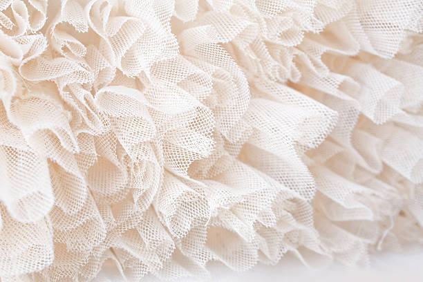 weiße schnürsenkel - tüllkleid stock-fotos und bilder