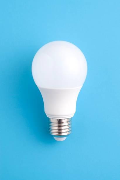 lâmpada de branco - led - fotografias e filmes do acervo