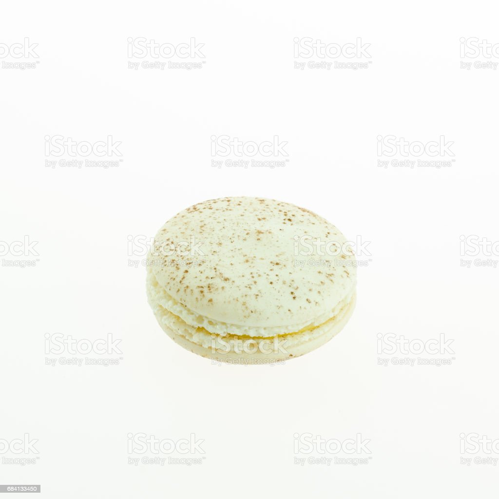 white macaron on white background foto de stock libre de derechos