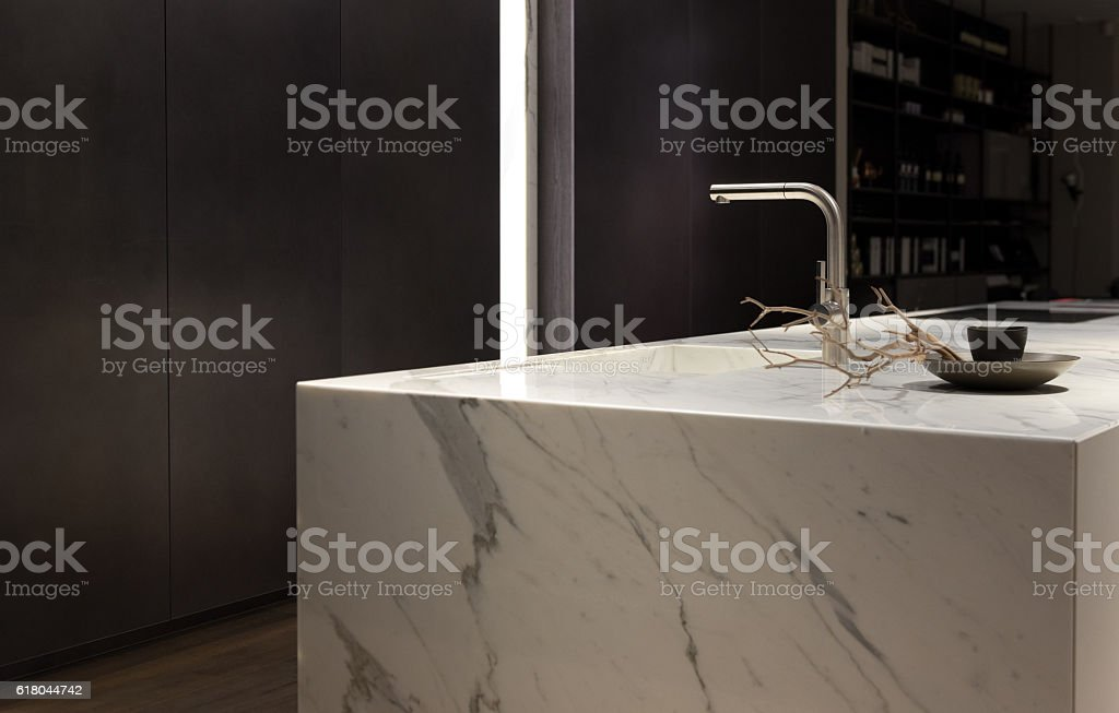 White Marble Kitchen - foto de acervo