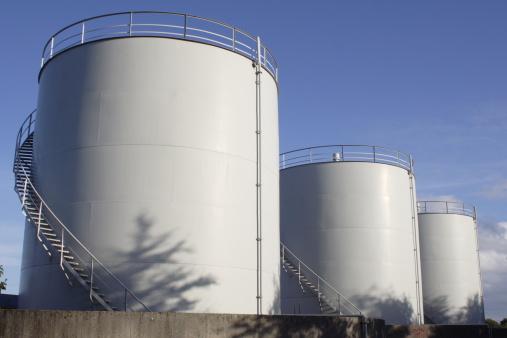 White Fuel tanks