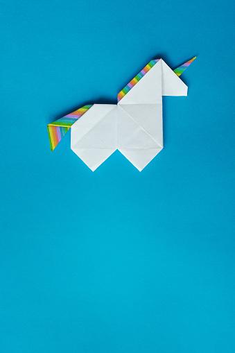 Paper origami unicorn. Paper origami unicorn, stylized geometric ... | 509x339