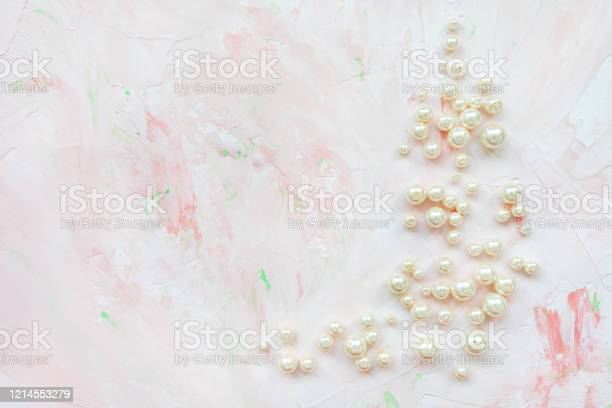 White pearls on pink creative abstract background picture id1214553279?b=1&k=6&m=1214553279&s=612x612&h=inruw7iyi5f0mce1 ytly3p7r3pcsdfvqb9wkcfdvu0=